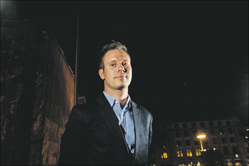 FÅR KRITIKK: AUF-leder Eskil Pedersen får kritikk fra egne rekker etter at han rømte fra Utøya med «MS Torbjørn». Foto: Frode Hansen/VG
