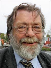 - STEMMER IKKE: Professor Frank Aarebrot om det Breivik brukte fra hans forskning. Foto: Kjell Herskedal / NTB Scanpix