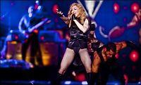 Naken Madonna under hammeren