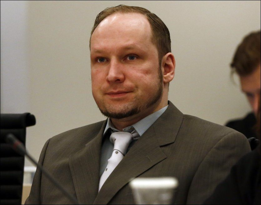BREIVIK I RETTEN: Anders Behring Breivik forklarte seg om sin egen psyke i retten onsdag. Foto: NTB SCANPIX