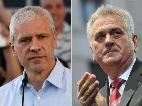 KONKURRENTER: Sittende president og leder for Det demokratiske parti Boris Tadic og leder av det serbiske fremskrittsparti, Tomislav Nikolic. Foto: Afp, NTB Scanpix
