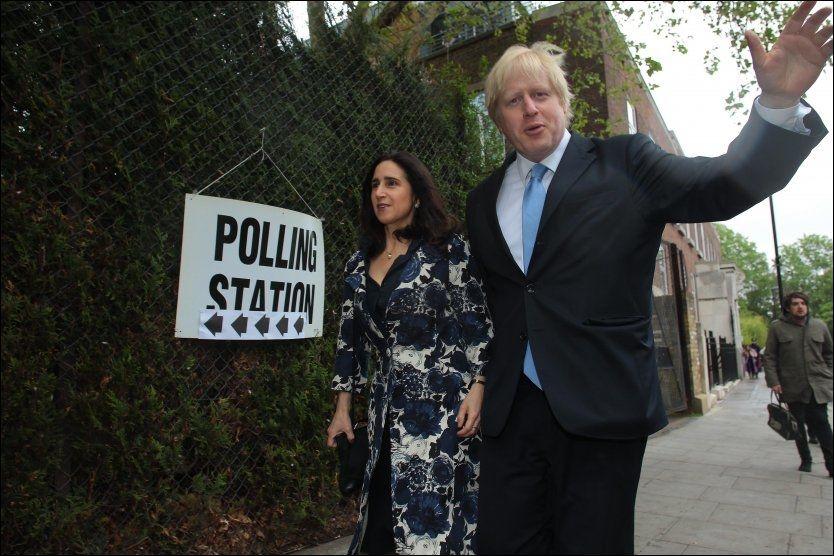 VANT SÅ VIDT DET VAR: Gjenvalgt ordfører Boris Johnson og hans kone Marina Wheeler avbildet på valgdagen. Foto: Pa Photos, NTB Scanpix