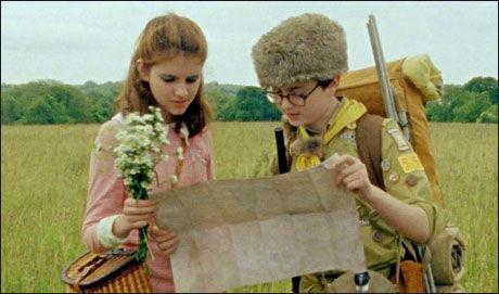 FILMPAR: Nå 13-årige Kara Hayward og Jared Gilman spiller forelskede 12-åringer i Wes Anderson nye film, som kommer til Norge i juni. Foto: NORSK FILMDISTRIBUSJON