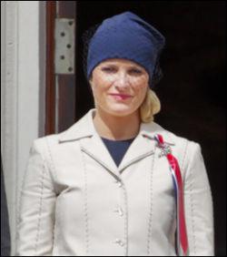 OPPMERKSOMHET: De sosiale mediene er fulle av karakteristikker om Mette-Marits hatt. Foto: Scanpix