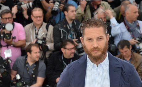 TØFF PÅ FILM: Tom Hardy så du som tøff slosskjempe i «Warrior». Nå er han aktuell som tøffing i «Lawless». HAr fra Cannes lørdag. Foto: AFP