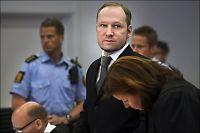 Breivik har sendt brev til terrorister
