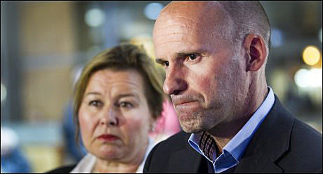 BER OM AVKLARING: Forsvarer Geir Lippestad sier det må avklares på et tidlig tidspunkt om den siste psykiatrirapporten er godkjent eller ikke. Foto: VG
