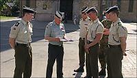 24 gardister æresvakt for agent nr. 24