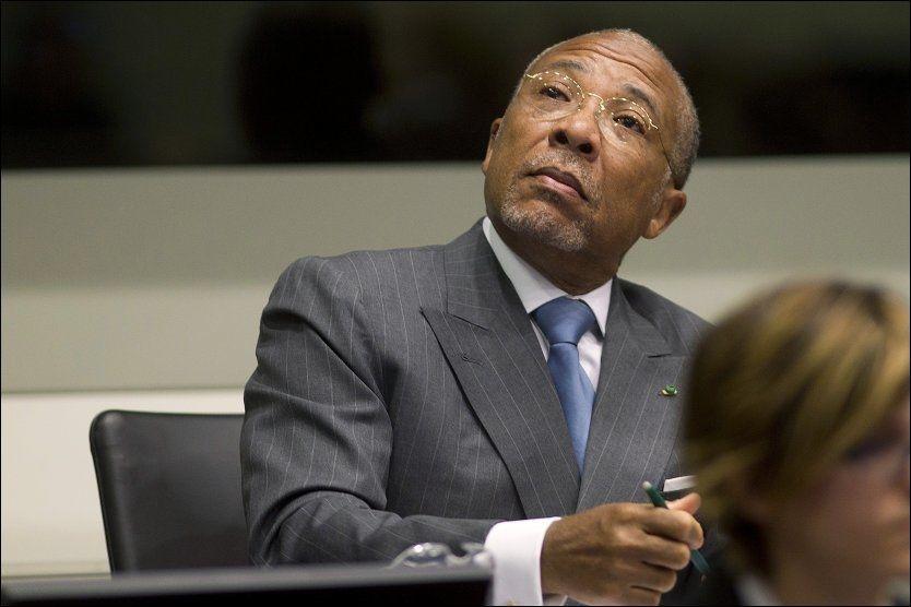 DØMT: Liberias tidligere president Charles Taylor i retten ved FNs spesialdomstol for Sierra Leone. Domstolen ligger i Leidschendam utenfor Haag i Nederland. Foto: Evert-Jan Daniels / Reuters / NTB scanpix Foto: