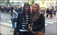 Camilla og Sophie (16) skulker skolen for Bieber