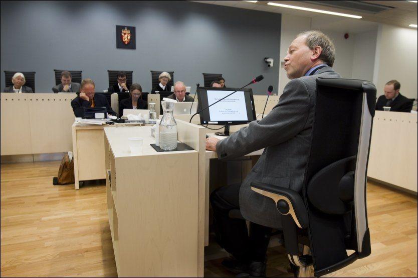 FORTALTE OM HØYREEKSTREMISME: Professor Tore Bjørgo var i Oslo tingrett i dag. Foto: Heiko Junge, NTB Scanpix