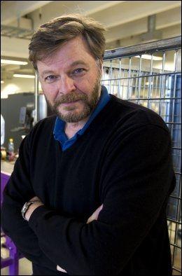 - NYTTIG OG STRENG: Medisinsk fagdirektør i Legemiddelverket, Steinar Madsen, tror helsepåstandregisteret vil trygge forbrukerne, men understreker at det ligger en streng vurdering til grunn. Foto: Jan Petter Lynau