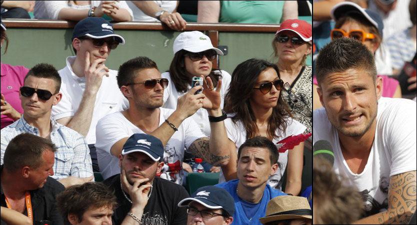 BRILLEFIN: Frankrikes Olivier Giroud og Laurent Koscielny (t.v) koser seg på French Open i Paris 2. juni. Foto: Regis Duvignau, Reuters