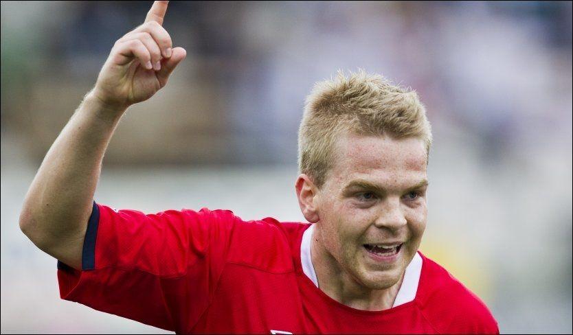 NORSK HELT: Haugesund-backen Joakim Våge Nilsen kan juble for viktig scoring for det norske U21-landslaget i EM-kvalifiseringskampen mot Island i Drammen. Foto: Vegard Grøtt, NTB Scanpix