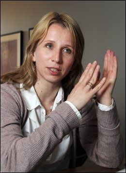 TESTER GRENSER: Astrid Aas Hansen mener det er viktig at ungdom får et bevisst forhold til grenser. Foto: Nils Bjåland, VG