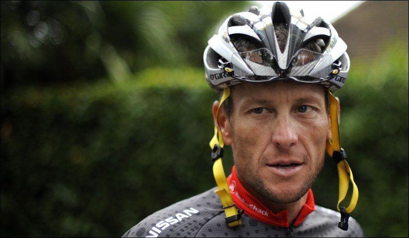 ANMELDT: Lance Armstrong er anmeldt for bruk av doping, og risikerer i verste fall å miste syv Tour de France-titler. Her fra en treningsrunde under det franske storrittet i 2010. Foto: Afp