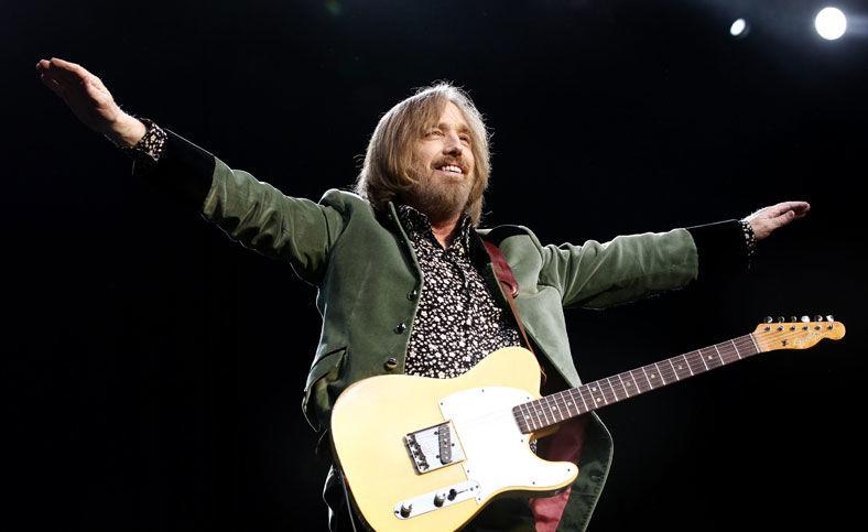 POP OG ROCK: Tom Petty ga publikum det de ville ha i Frognerbadet. Foto: Jan Petter Lynau