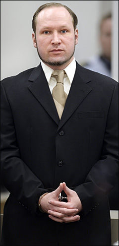 TILTALT: Anders Behring Breivik har erkjent handlingene som drepte 77 mennesker, men vil han få ordinær fengselsstraff? Foto: HELGE MIKALSEN / VG