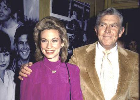 TROR PÅ GUD: Andy Griffiths kone, Cindi Knight Griffith, finner trøst i at Andy er sammen med Gud. Foto: Ann Clifford.