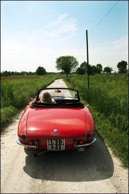 VÆR OBS I ITALIA: Flest klager på leiebiler kommer etter Italia-ferier. Men det er fullt mulig å ha det fint underveis, som her i nærheten av Gardasjøen. Foto: KARIN BEATE NØSTERUD