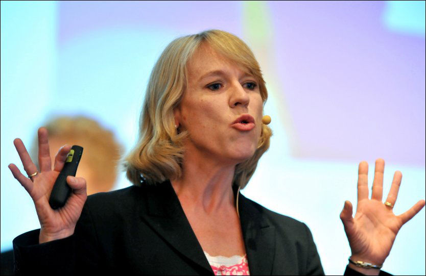 SKUFFET: Kultur- og idrettsminister Anniken Huitfeldt er skuffet over mistankene om fotballfiksing i 1. divisjon. Foto: Ned Alley / NTB scanpix