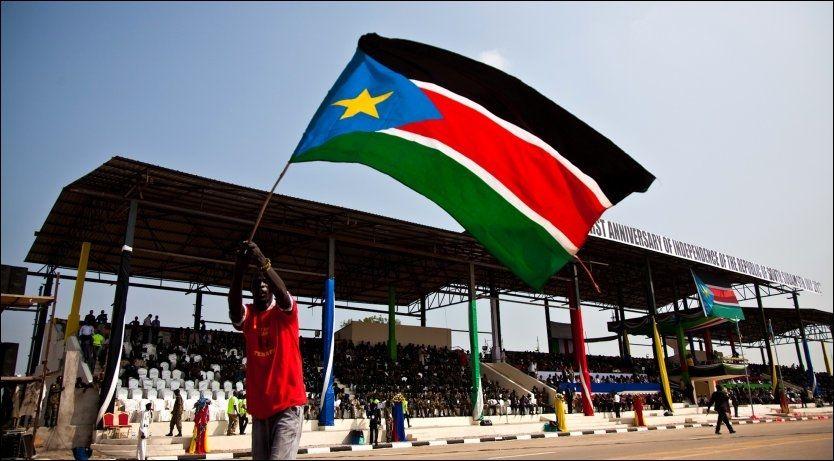 VERDENS YNGSTE NASJON: Sør-Sudan feiret mandag ettårsdagen for sin selvstendighet. Foto: Adriane Ohanesian / Reuters / NTB scanpix