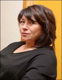 FOREBYGGER: Ann-Jorid Møller holder kurs i selvmordsforebygging på oppdrag fra Helsedirektoratet og synes det er viktig at alle vet litt om hvordan de skal se og hjelpe mennesker i selvmordsfare. Foto: Privat