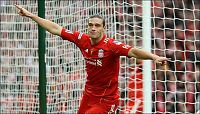 Hevder Newcastle kontaktet Liverpool om Carroll