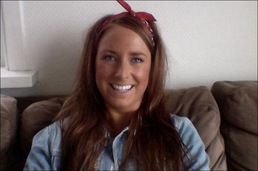 FIKK SJOKK-BESKJED: Annette Bergsagel smiler nå, men smilte ikke da selgeren fra Djuice sa «fuck you» til henne. Foto: PRIVAT