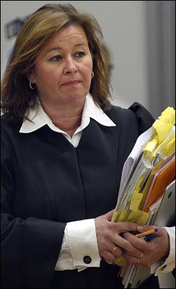 SNAKKET MED BREIVIK: Forsvarer Vibeke Hein Bæra hadde fredag en samtale med Anders Behring Breivik. Her er hun avbildet under rettssaken. Foto: HELGE MIKALSEN / VG
