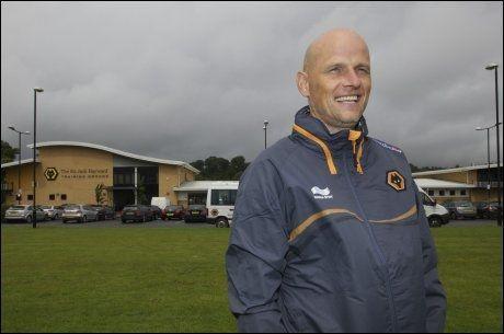 FORNØYD: Ståle Solbakken var fornøyd etter debutkampen som manager for Wolverhampton. Her er han avbildet på treningsfeltet tidligere i juli. Foto: Nina Rangøy, VG