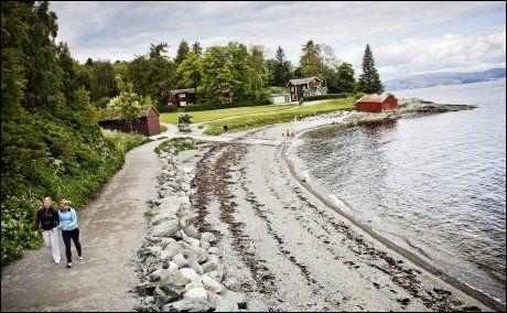LANGS HAVET: Her går Ladestien helt i strandkanten. Foto: ØYVIND NORDAHL NÆSS/VG