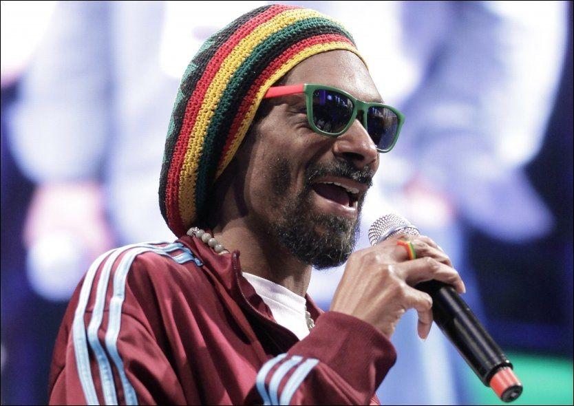 TOLLTATT: Snoop Dogg ble tatt i tollen sist han var i Oslo. Nå er han utestengt fra landet. Foto: Ap