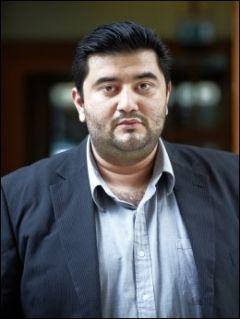 KREVER HANDLING: Mazyar Keshvari, som er fungerende gruppeleder for Frp i Oslo Bystyre, krever at Utenriksdepartementet tar saken videre. KeshvariFOTO:TORE KRISTIANSEN/VG