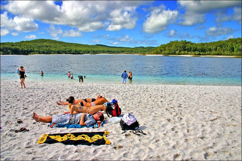 VAKKERT: Fraser Island regnes som et av høydepunktene i Australia og delstaten Queensland. Foto: CHEE-ONN LEONG / MICROSTOCK