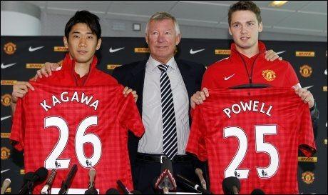SHOPPING: Alex Ferguson har kjøpt Kagawa (t.v) fra Dortmund og Nick Powell fra Crewe. Foto: Peter Byrne, PA Photos