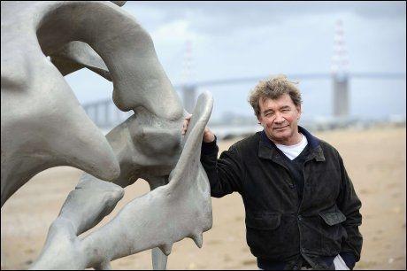 PRIMUS MOTOR: Jean Blaise står bak kunstprosjektet. Foto: AFP