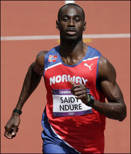 I AKSJON: Jaysuma Ndure løp på 10,28 i OLs forsøksheat. Foto: NTB Scanpix