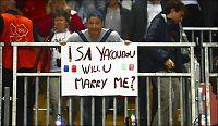 Her frir han til basket-kjæresten i OL-kamp