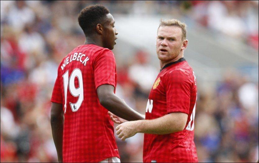 NY PARTNER: Wayne Rooney sammen med Danny Welbeck på Ullevaal. Nå kan duoen få en ny partner/konkurrent i Robin van Persie. Foto: Audun Braastad, NTB Scanpix