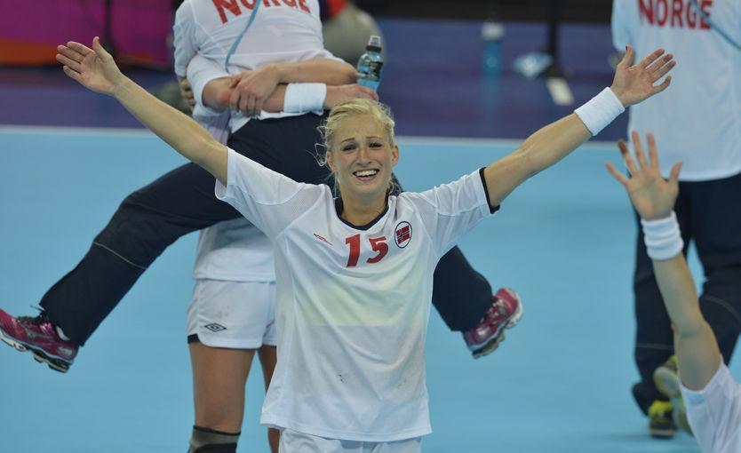 FINALEHELTEN: Linn Jørum Sulland ble den store helten i OL-finalen mot Montenegro. Foto: Bjørn S. Delebekk, VG