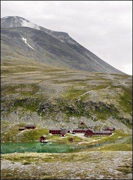 RONDANE: Fjellhytta Rondvassbu ligger på den velkjente trekant-turen i Rondane. Foto: KRISTIAN HELGESEN.