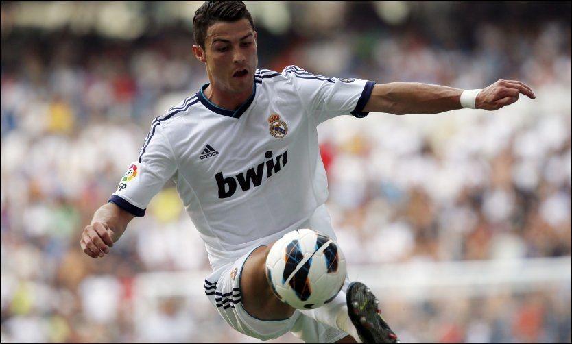 STJERNESMELL: Cristiano Ronaldo og Real Madrid fikk ikke med seg full pott i serieåpningen. Foto: Sergio Perez, Reuters