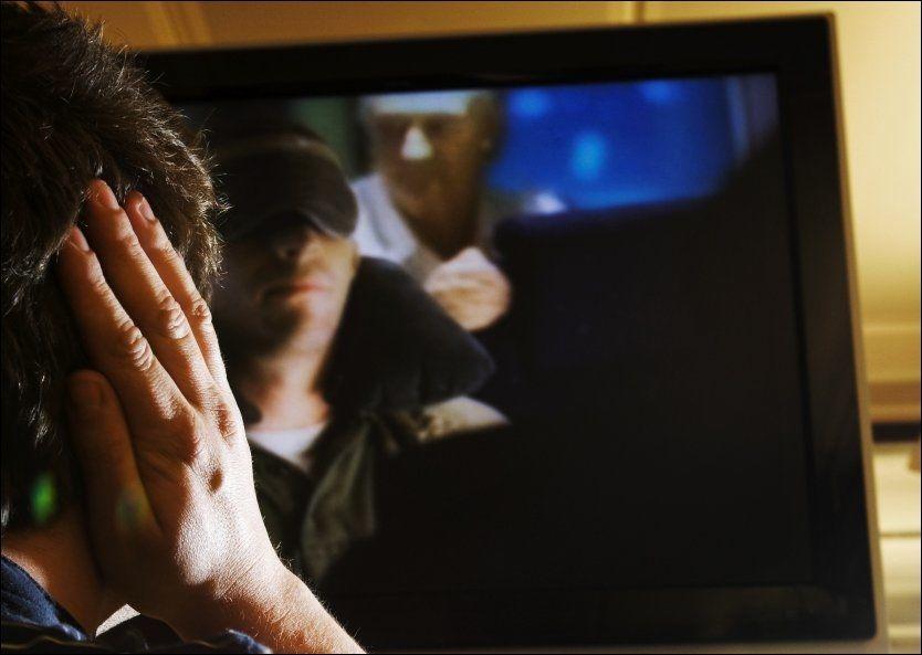 SKRU NEEEEEED..!: Amerikanere og Canadiere har fått nok av høy lyd i reklamepauser. Også i Norge klager TV-titterne. Foto: FRODE HANSEN, VG