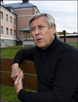 NYE DIAGNOSER: Fagsjef Arne Johannesen på psykiatrisk avdeling ved sykehuset Telemark. Foto: Roger Neumann
