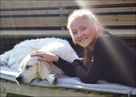 DREPT: Sigrid Giskegjerde Schjetne (16) forsvant natt til 5. august. Mandag kveld ble hun funnet drept i skogholtet på Kolbotn utenfor Oslo. Foto: Privat
