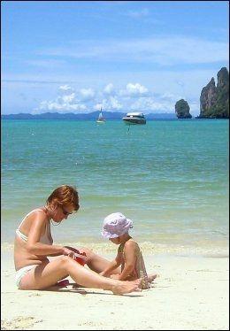 THAILAND: Den som kan ta to uker fri kan reise hit. Foto: ARNE ROVIC