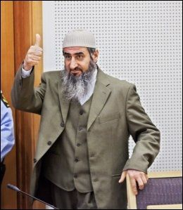 DØMT: Mullah Krekar har blitt domfelt for trusler i to tidligere rettssaker i år. Foto: JØRGEN BRAASTAD / VG