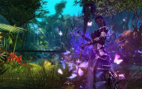TUNG UTFORDRER: «Guild Wars 2» har ikke månedsabonnement. I steden kan du kjøpe diverse virtuelle gjenstander med mikrotransaksjoner. Mange mener det gjør spillet til en tung utfordrer i onlinegenren. Foto: ARENANET/NCSOFT