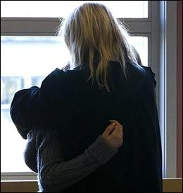 FØLGER MED: Den unge jenta ønsker å følge hele rettssaken i Sør-Gudbrandsdal tingrett. Foto: NTB Scanpix